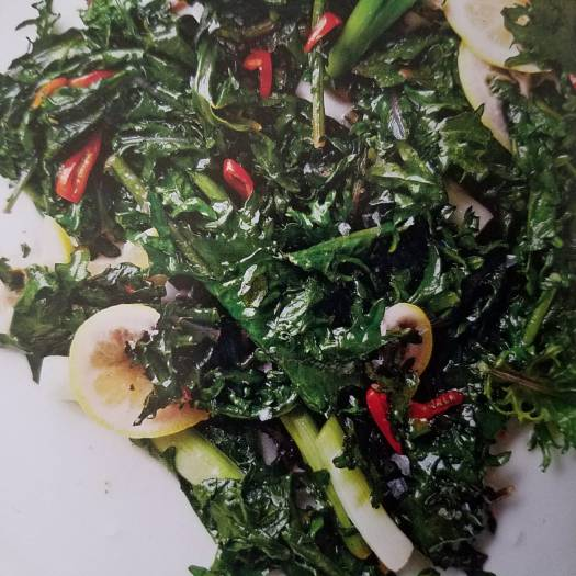 Chile-Garlic spinach